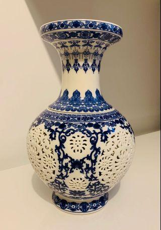 Chinese Porcelain Vase white and blue