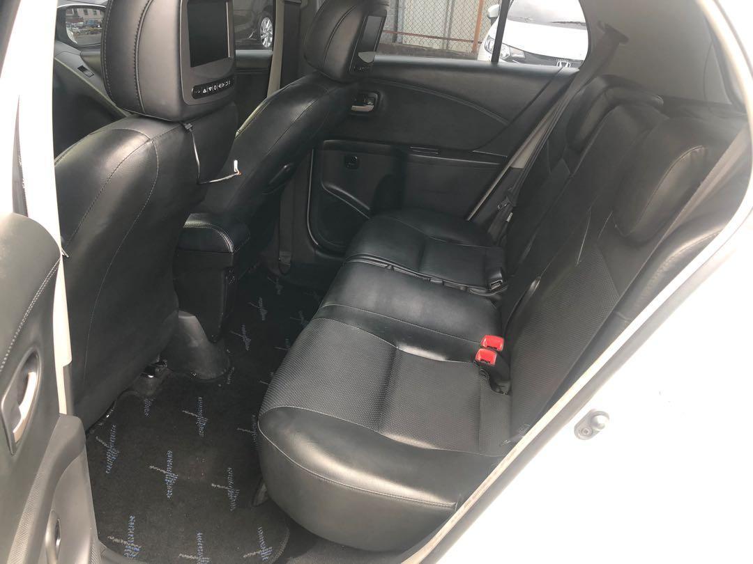 2011年 Toyota Yaris  1.5L  粉絲專頁優惠中。請洽Ken小弟車庫