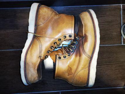 Red wing leather boots in tan brown US11