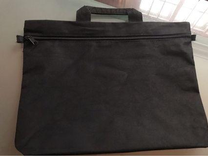 🚚 Laptop And Document Bag