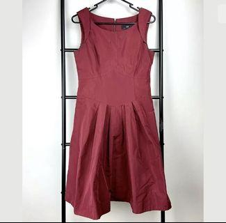 Cue sz 8 maroon red wine fit flare dress smart casual work career cocktail basic