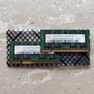 2x Hynix 1GB DDR2 Laptop RAM