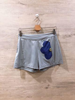 🚚 [BN] Floral Grey Sequin Shorts