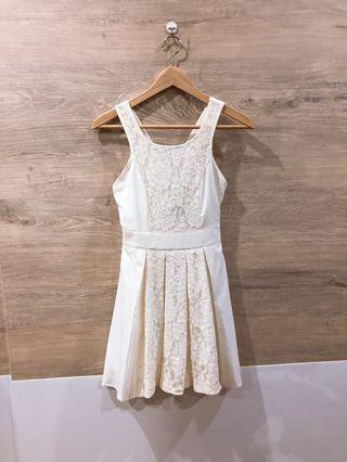 🚚 [BN] Swivelle Cross Back Lace Pleated Dress in White