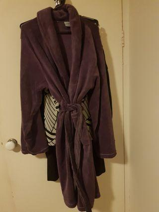 New Ladies large dressing gown