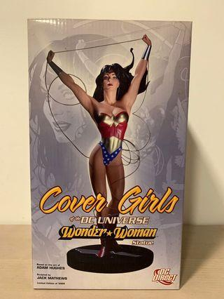 DC Direct Cover Girls Of The DC Universe Wonder Woman Statue Hughes. Sealed