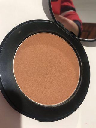 Natio Mineral Powder Bronzer Sunsweft $19 RRP