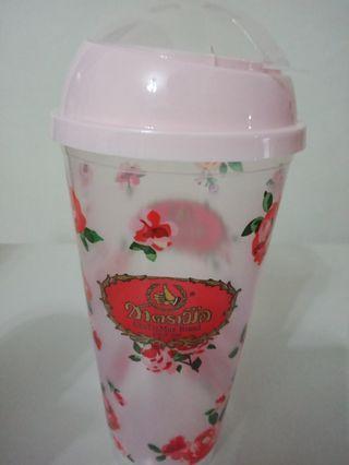 🚚 Plastic Cup