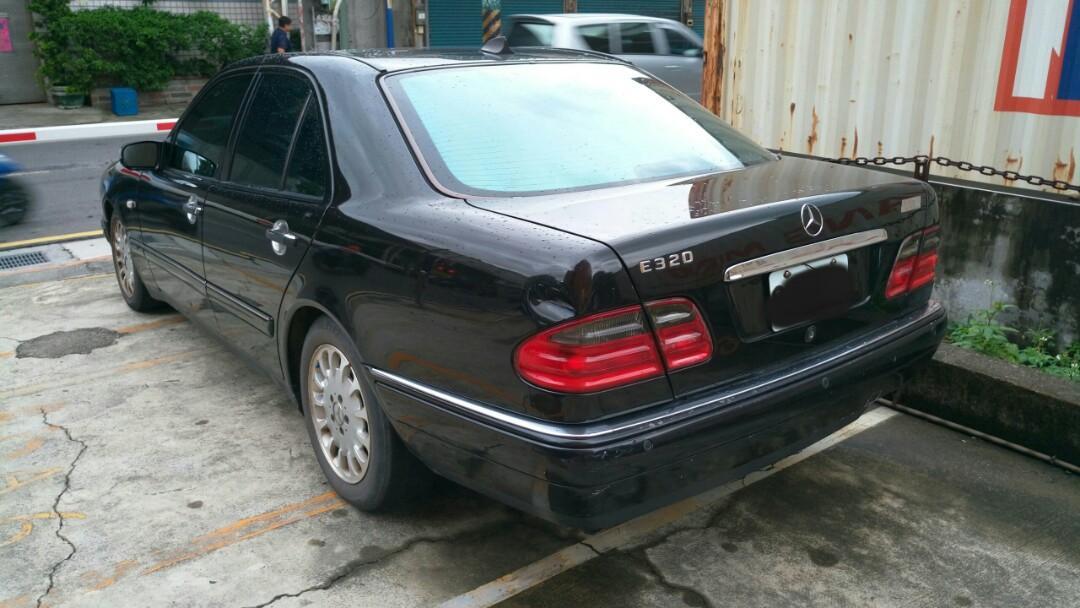 汽油 賓士1999年 E280 W210黑色