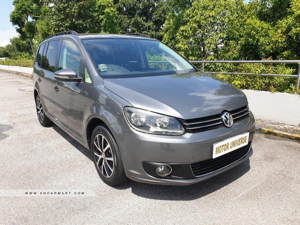 Cheapest Long Term Rental Volkswagen Touran 1.4TSI