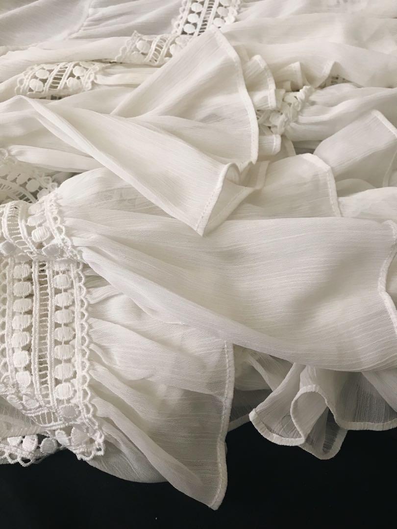 Moma 白色雪紡仙女上衣