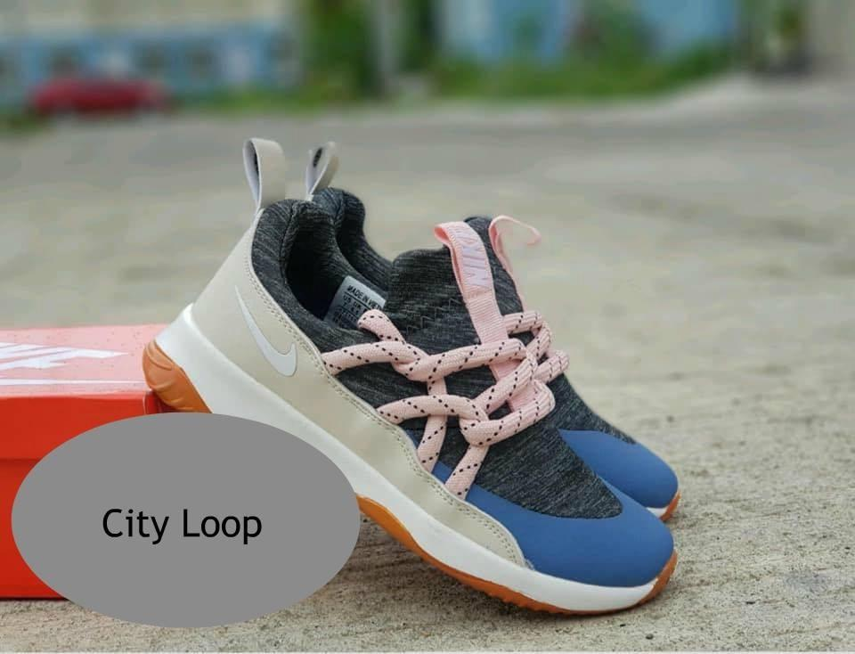 Carousell Loop on Replica Nike Shoes City f7I6yYgbvm