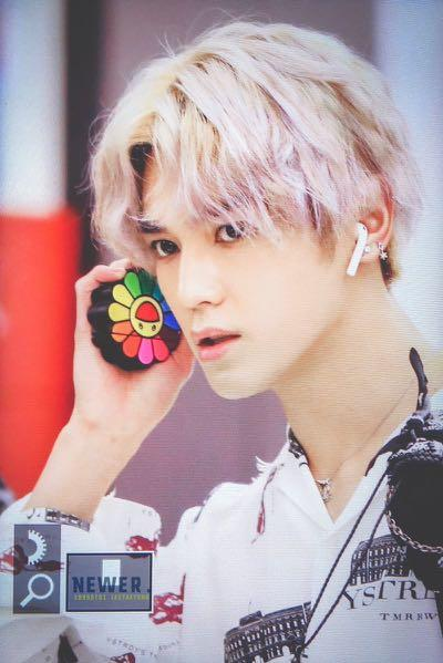 PRE♥️ NCT TAEYONG inspired Flower Silicon Airpods case