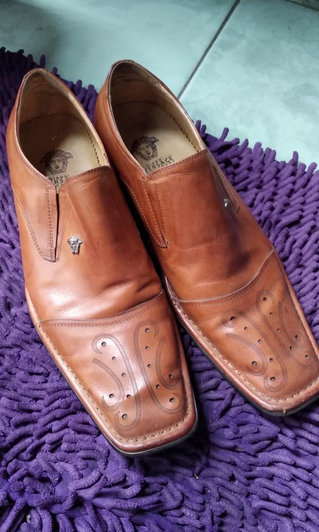 Preloved sepatu versace no ori kwalitas super / 39