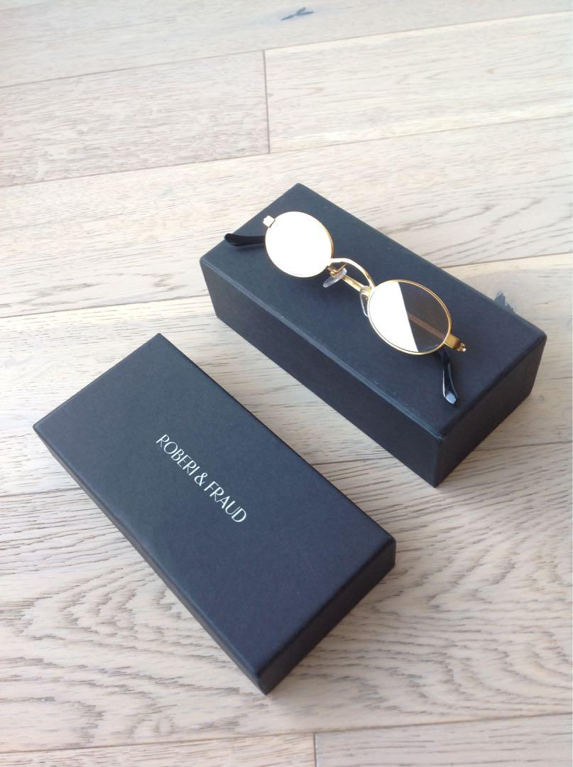 Roberi And Fraud Authentic sunglasses