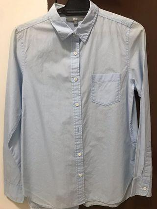 Uniqlo blue shirt
