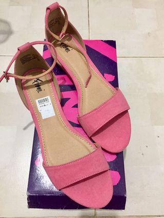 Sepatu Fioni