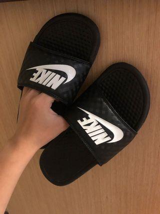 Nike 拖鞋24cm