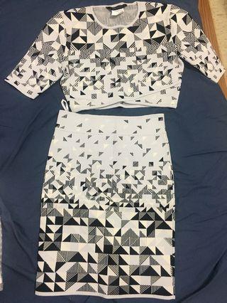 🚚 BCBG針織短上衣+短裙