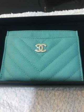 🚚 Chanel 19c Tiffany blue cardholder