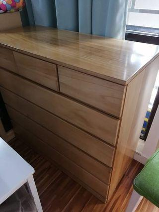 Chest of drawers (solid wood)
