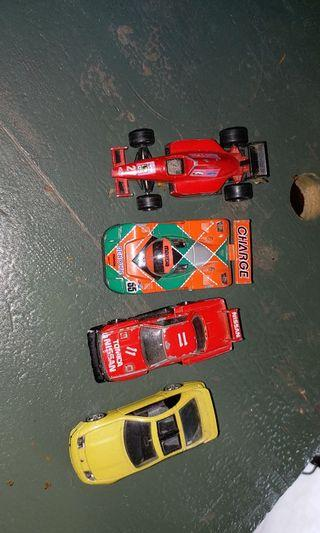 4 Tomica used