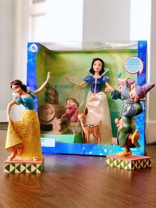 Disney store playset Snow White and The Seven Dwarfs