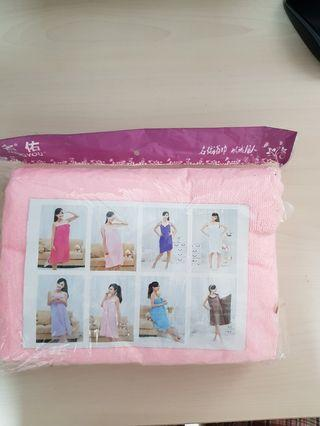 🚚 Soft Towel for after bath or beach swimming