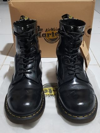 f22af542f10 dr.marten | Footwear | Carousell Philippines