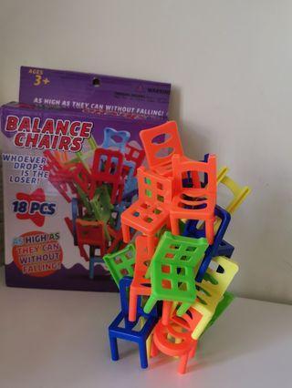 椅子層層叠(親子遊戲)