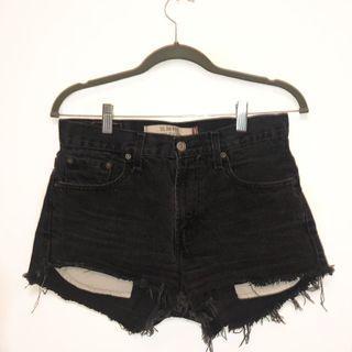 Levi's DIY Shorts #SwapCA