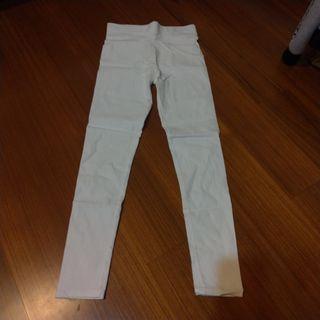 🚚 L號彈性百搭白色長褲