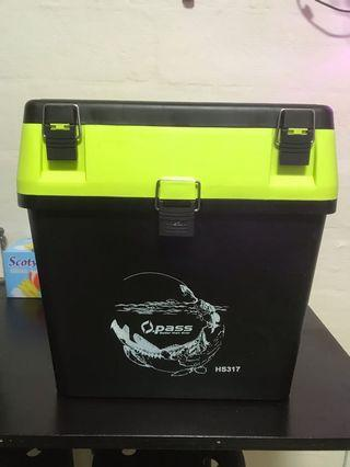 Tackle box Opass hs 317 (used)