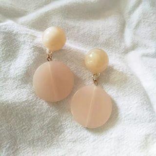 Nude Marble Earring