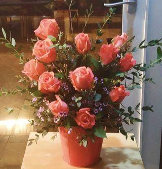Flowers - A Bucket of Roses