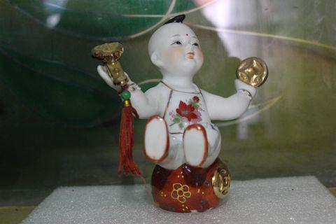 Chinesse Kid Miniature 1
