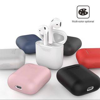 🚚 BLACK APPLE AIRPODS CASE