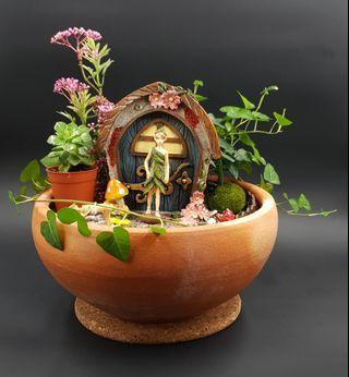 Handcrafted Elf MAGICAL Enchanted Tabletop Garden