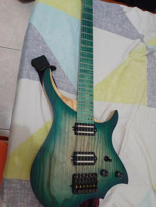 nk無頭琴電吉他