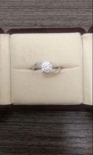 周生生鑽石戒指