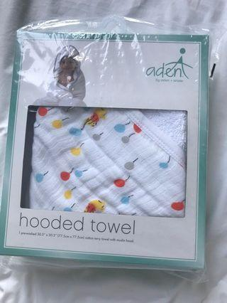 Aden + Anais Winnie the Pooh Hooded Towel