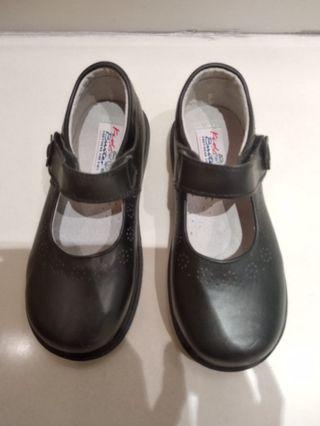 女孩子黑色返學皮鞋•Black Leather shoes for little girl