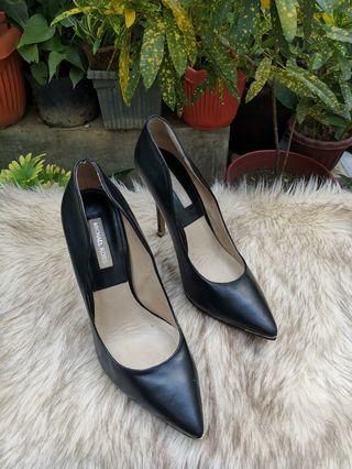 Authentic Michael Kors Black Leather Pointed Pumps Size 38