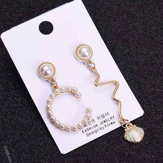 C貝殻不對稱耳環(每副)
