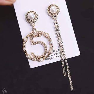 珍珠5不對稱耳環(每副)