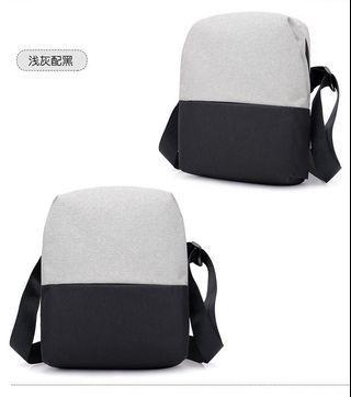 【Q夫妻】Sling Bag 撞色 帆布包 斜背包 斜跨包 單肩包 淺灰配黑色  #B0016-3