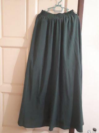 Flowy Dark Green Skirt
