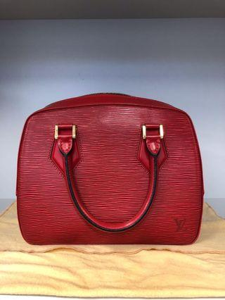 LV M52047 Red color