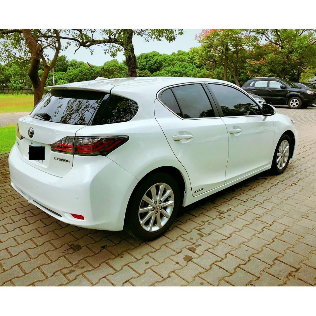 環保先驅,來自Toyota Prius的節能掀背小豪跑