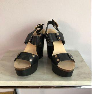 Vince Camuto Wedges 8.5